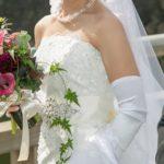 結婚祝いにピッタリの花は何?結婚祝いの相場も合わせてご紹介!